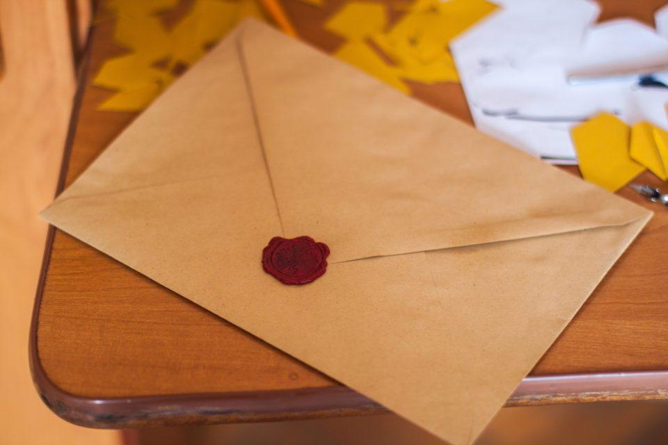 招待状 結婚式の重要なアイテム